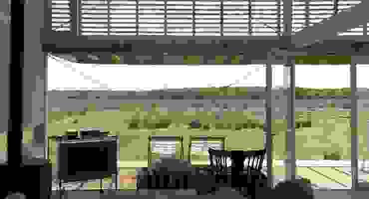 CASA LAGUNA EL ROSARIO Balcones y terrazas modernos: Ideas, imágenes y decoración de Frias+Tomchinsky Arquitectos Moderno