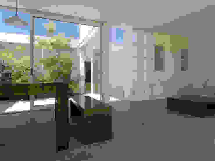 Casa Ennis Saavedra Modern balcony, veranda & terrace by Bares Bares Bares Schnack | Estudio de Arquitectura Modern