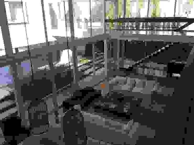 Casa Moderna Livings modernos: Ideas, imágenes y decoración de GG&A Moderno