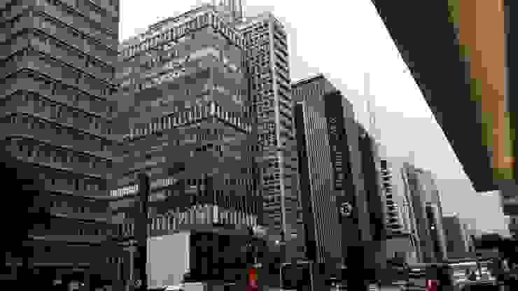 Intervención Bochera en Sao Paulo Modern Houses by La Bocheria Modern