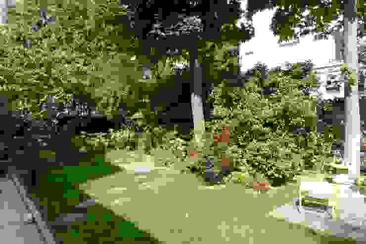 Havre de verdure Jardin classique par Benji Paysage Classique