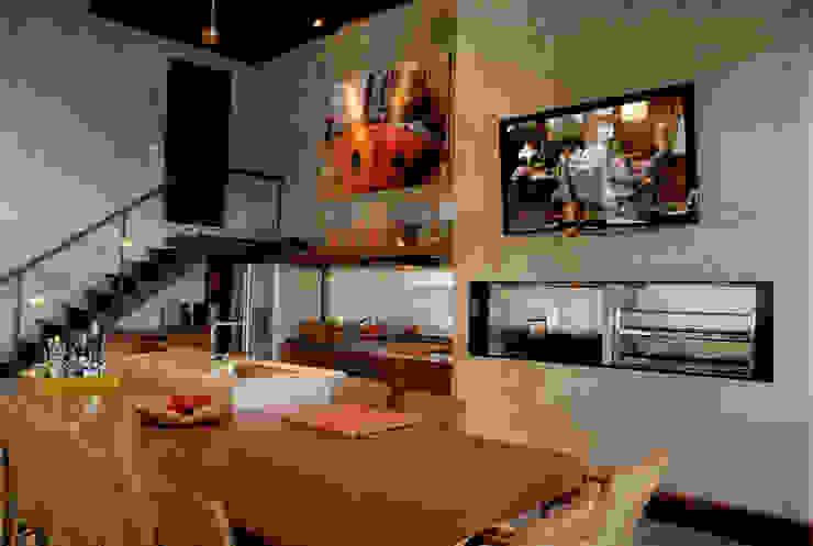 Projeto Arq. Maria Rejane Schneider Salas de jantar rústicas por BRAESCHER FOTOGRAFIA Rústico