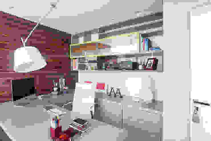 Bureau moderne par Arina Araujo Arquitetura e Interiores Moderne
