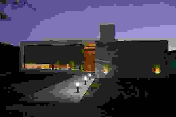 Casa L A, Los Algarrobos, Córdoba Modern Evler Invernon Arquitectos Modern