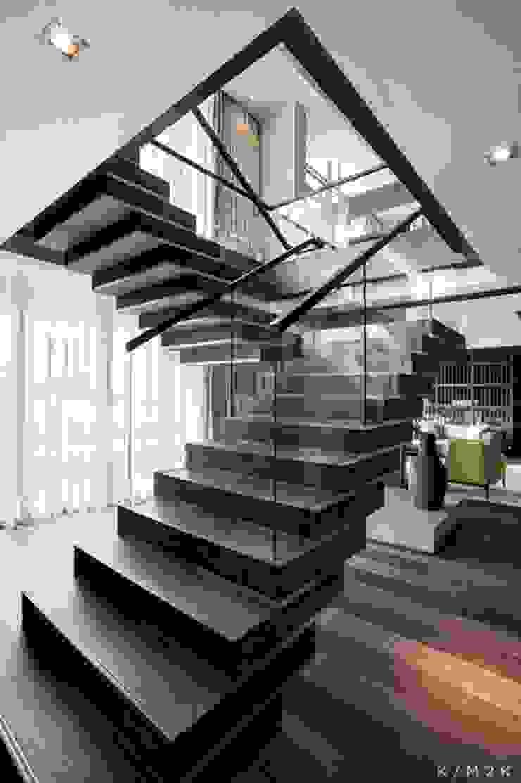 Proyectos de interiorismo varios Modern corridor, hallway & stairs by estudio 60/75 Modern