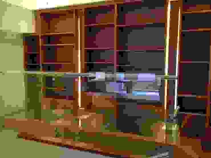 DEPARTAMENTO REFORMA Pasillos, vestíbulos y escaleras modernos de Diseño Integral En Madera S.A de C.V. Moderno