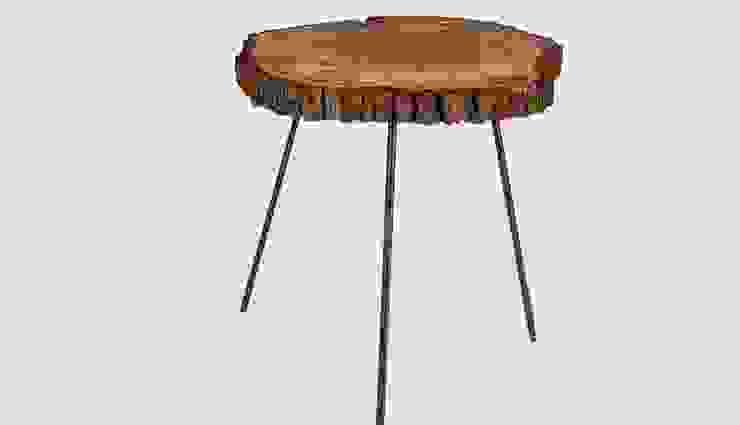 STOLIK KAWOWY Z PLASTRA DREWNA MARSH od Altavola Design Sp. z o.o. Rustykalny Drewno O efekcie drewna