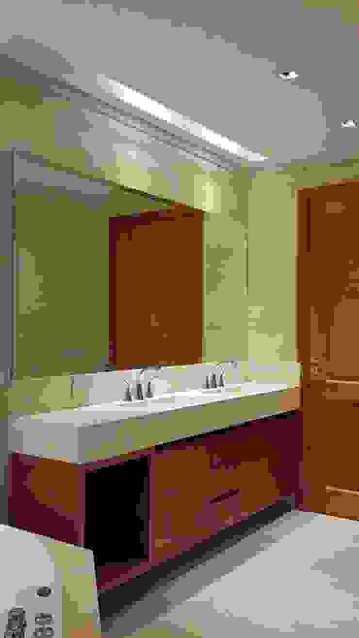 Baños de estilo clásico de IDB ARQ Clásico