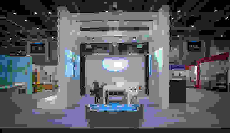 ifft/interior lifestyle living 2015: sixinch JAPANが手掛けた現代のです。,モダン