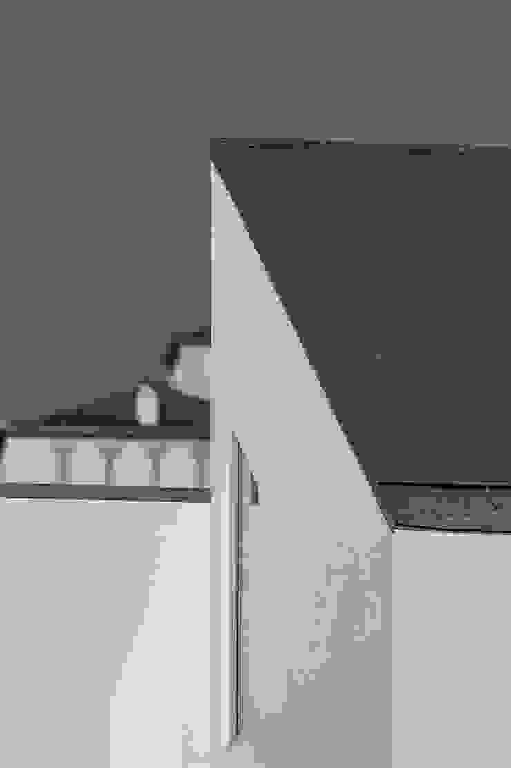 roof detail 모던스타일 주택 by min workshop 모던