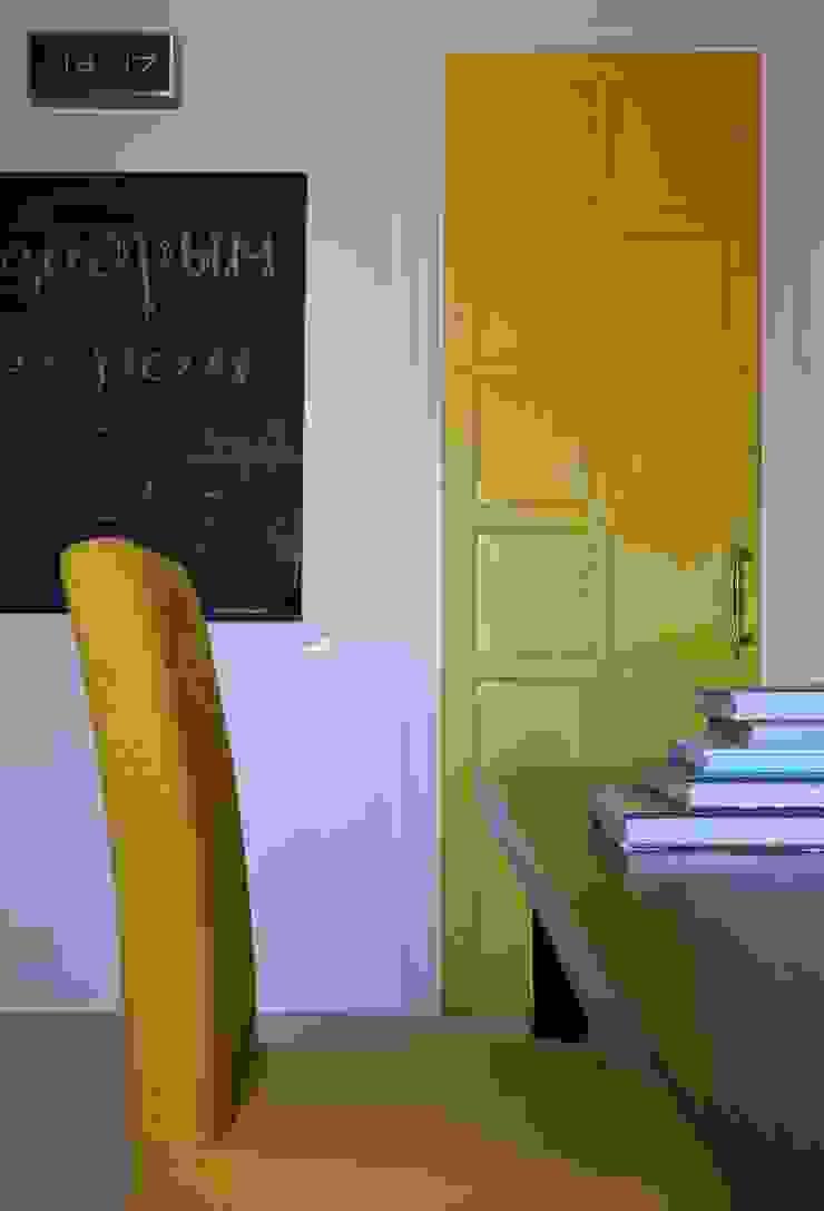 Совет да Любовь Столовая комната в классическом стиле от Korneev Design Workshop Классический