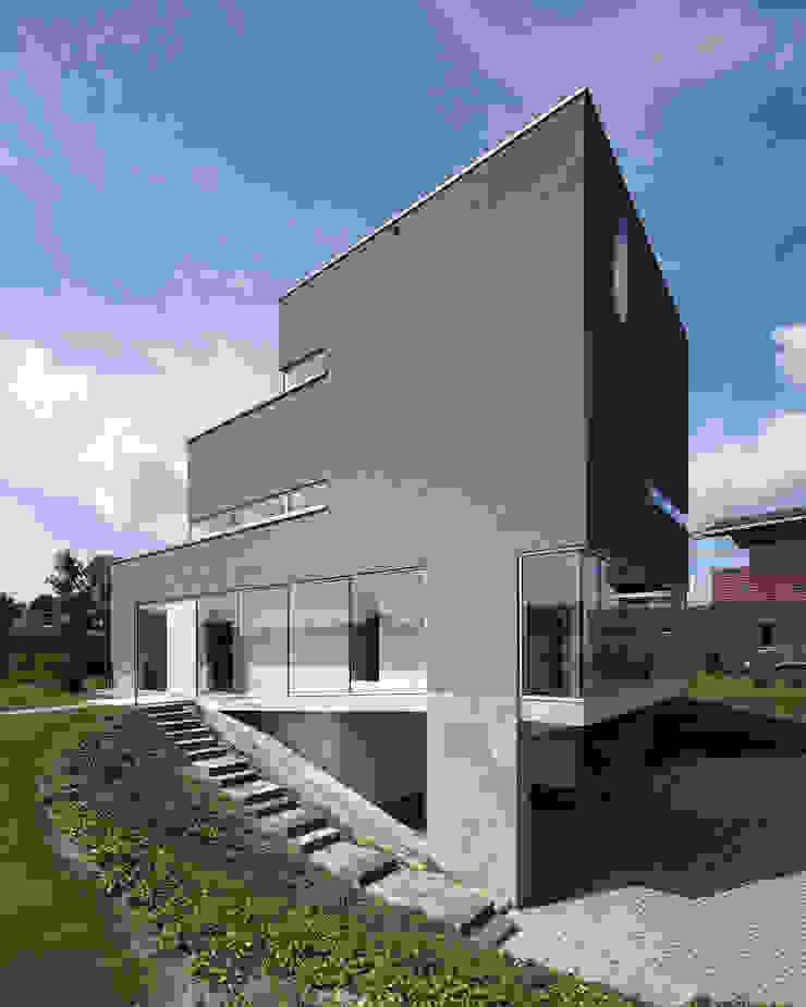Verticale woning Moderne huizen van Engelman Architecten BV Modern
