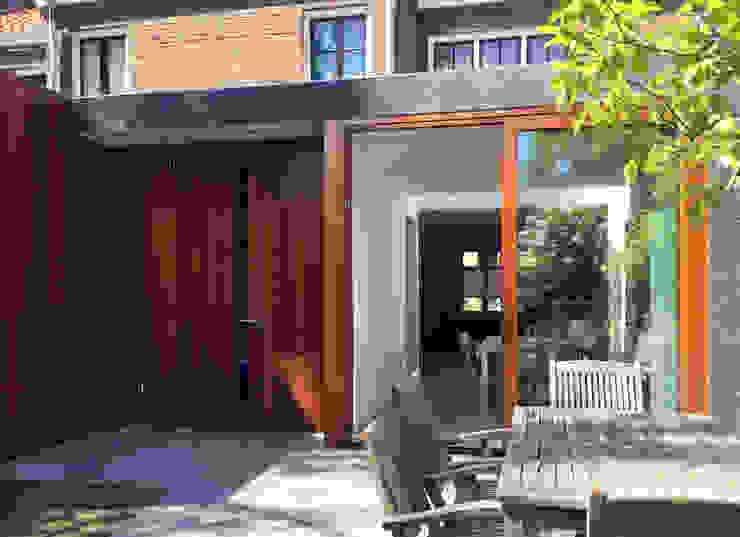 Woonhuis BBKU Eindhoven Moderne tuinen van 2architecten Modern