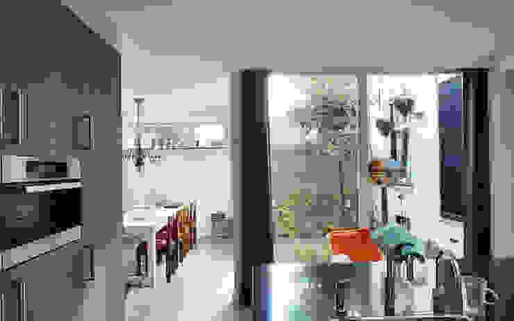 Woonhuis EABR Veldhoven Moderne keukens van 2architecten Modern