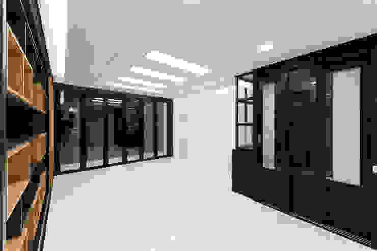 광진구 현대아파트 35평 모던스타일 거실 by dual design 모던