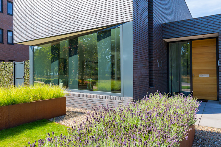Woonhuis PMTJ Eindhoven Moderne huizen van 2architecten Modern