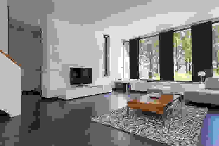 Woonhuis PMTJ Eindhoven Moderne woonkamers van 2architecten Modern