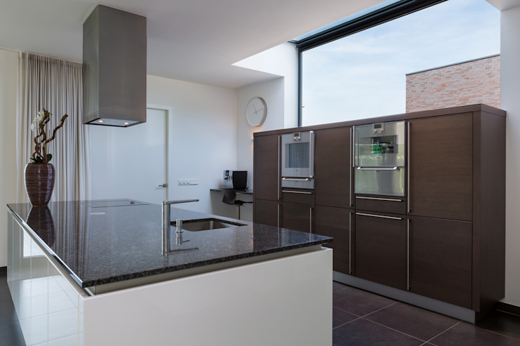 Kitchen by 2architecten,
