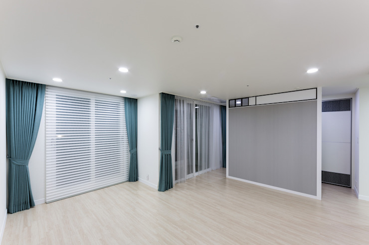 Salon moderne par dual design Moderne
