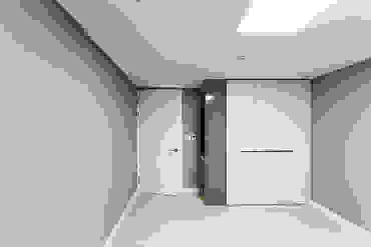 Chambre moderne par dual design Moderne