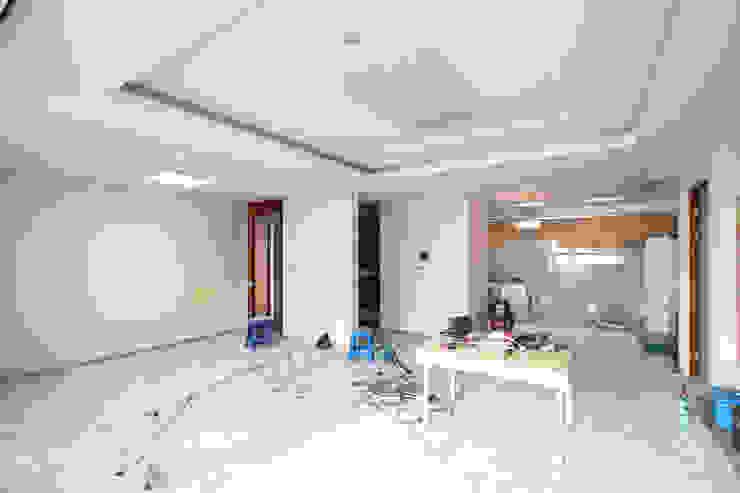 소공동 남산롯데캐슬 47평 모던스타일 거실 by dual design 모던