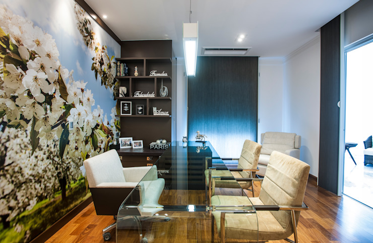Modern Dining Room by Adriana Di Garcia Design de Interiores Ltda Modern