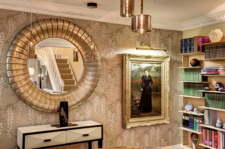 Dining room area detail with feature lighting de Chameleon Designs Interiors Moderno