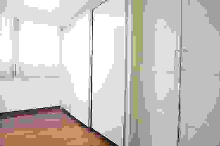 30평대 신혼집 홈 스타일링 스칸디나비아 거실 by homelatte 북유럽