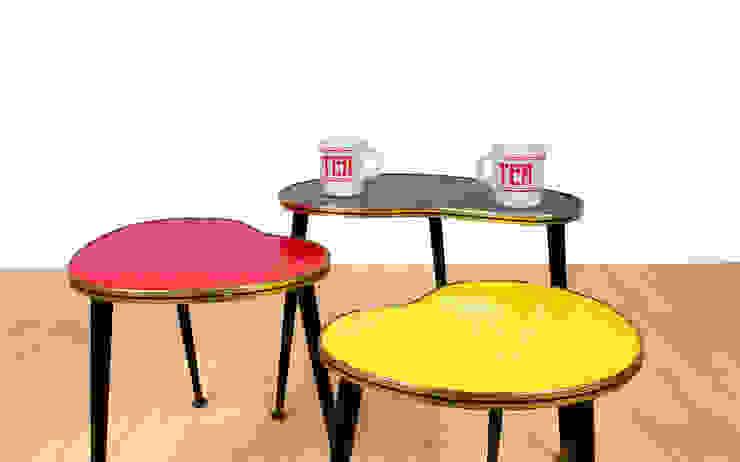Coffee Tables RetroLicious Ltd ห้องนั่งเล่นโต๊ะกลางและโซฟา