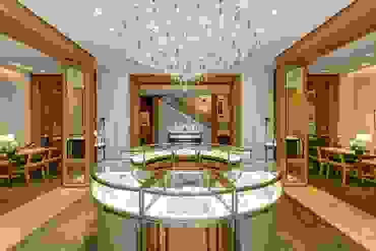 Boutique CARTIER Espaços comerciais clássicos por KATIA KUWABARA | FOTOGRAFIA DE ARQUITETURA Clássico