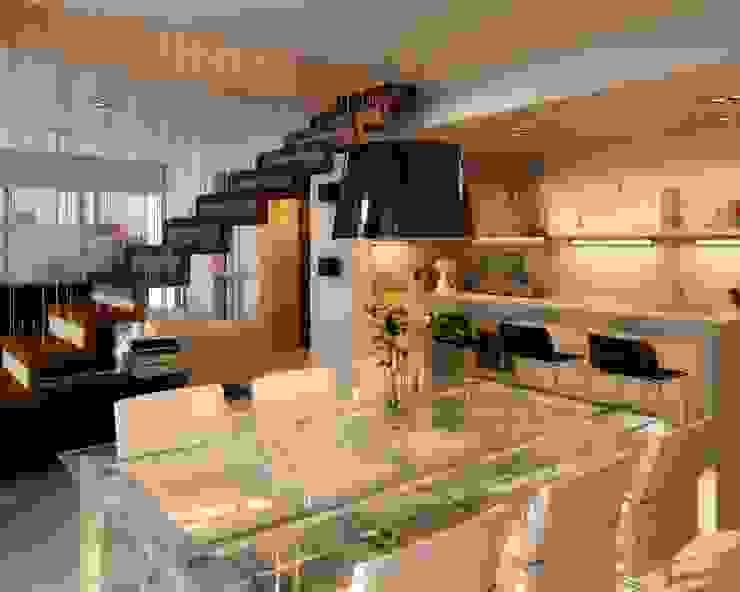 Comedores de estilo moderno de AMADO arquitectos Moderno