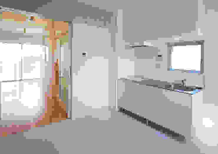 立川の賃貸マンション モダンな キッチン の ユミラ建築設計室 モダン