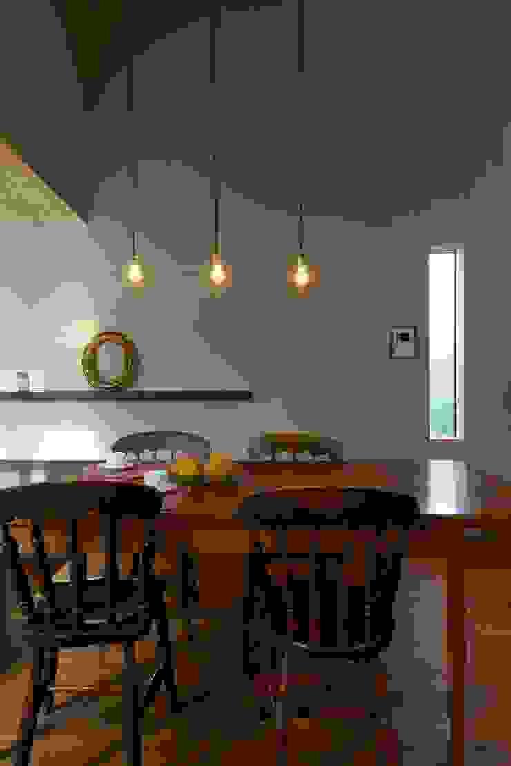 House in Higashikanmaki モダンデザインの ダイニング の Mimasis Design/ミメイシス デザイン モダン