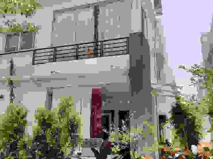 Modern Terrace by Fabritech India Modern