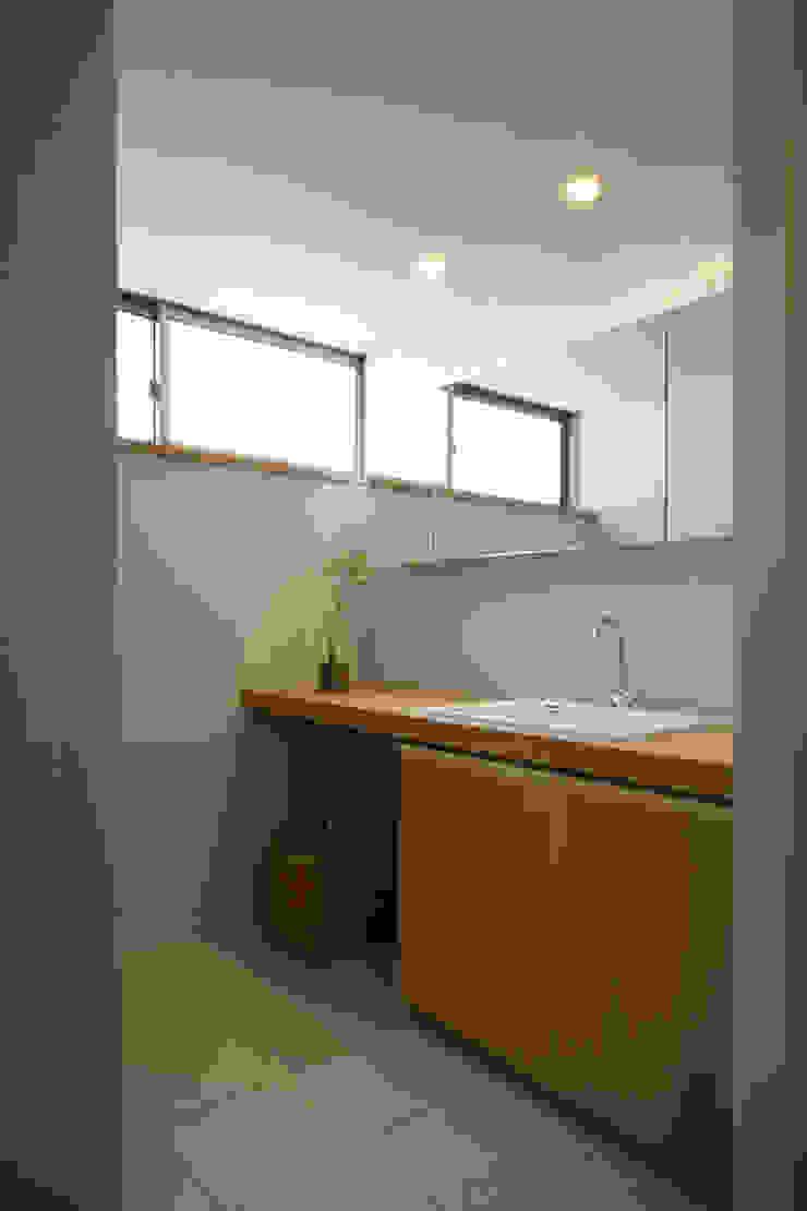 House in Kunimidai Mimasis Design/ミメイシス デザイン モダンスタイルの お風呂