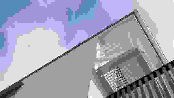 外観 モダンな 家 の Mimasis Design/ミメイシス デザイン モダン 木 木目調