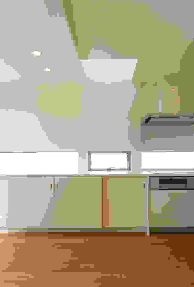 House in Izumiotsu モダンな キッチン の Mimasis Design/ミメイシス デザイン モダン