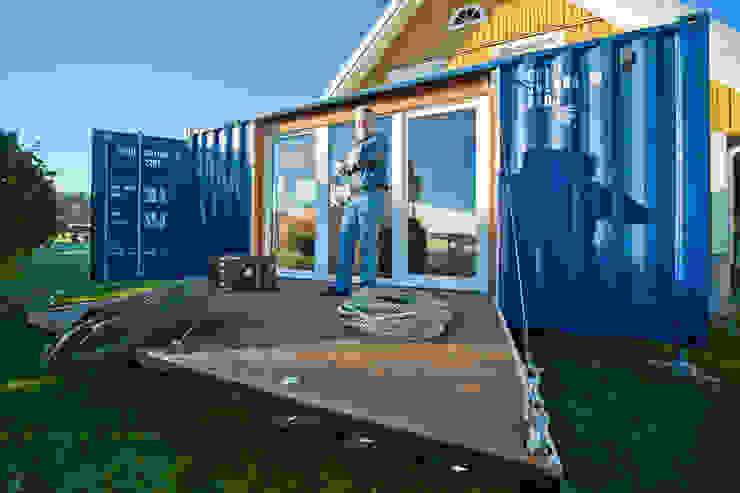 Minimalist house by Stefan Brandt - solare Luftheizsysteme und Warmuftkollektoren Minimalist