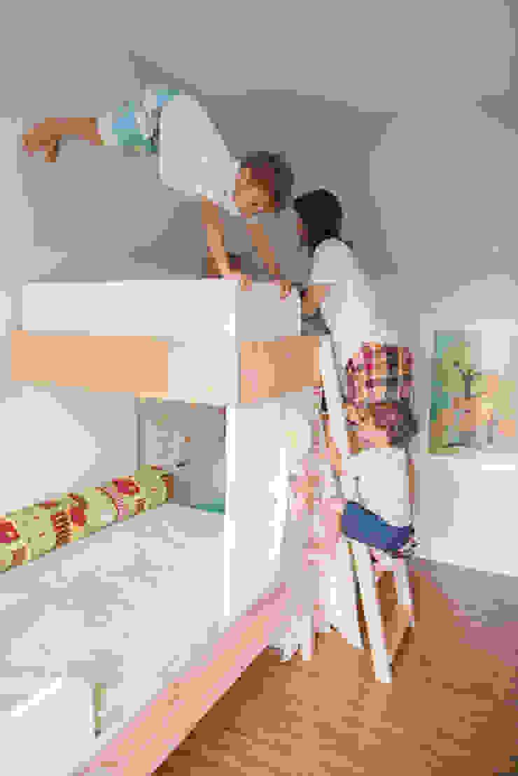 Quarto Infantil Quarto infantil minimalista por Falchetti Concept Minimalista
