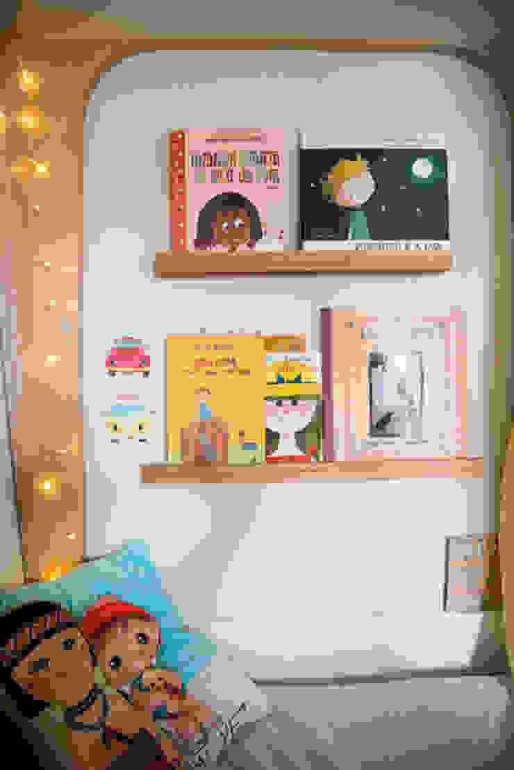 Quarto Infantil - Cantinho da leitura Quarto infantil minimalista por Falchetti Concept Minimalista