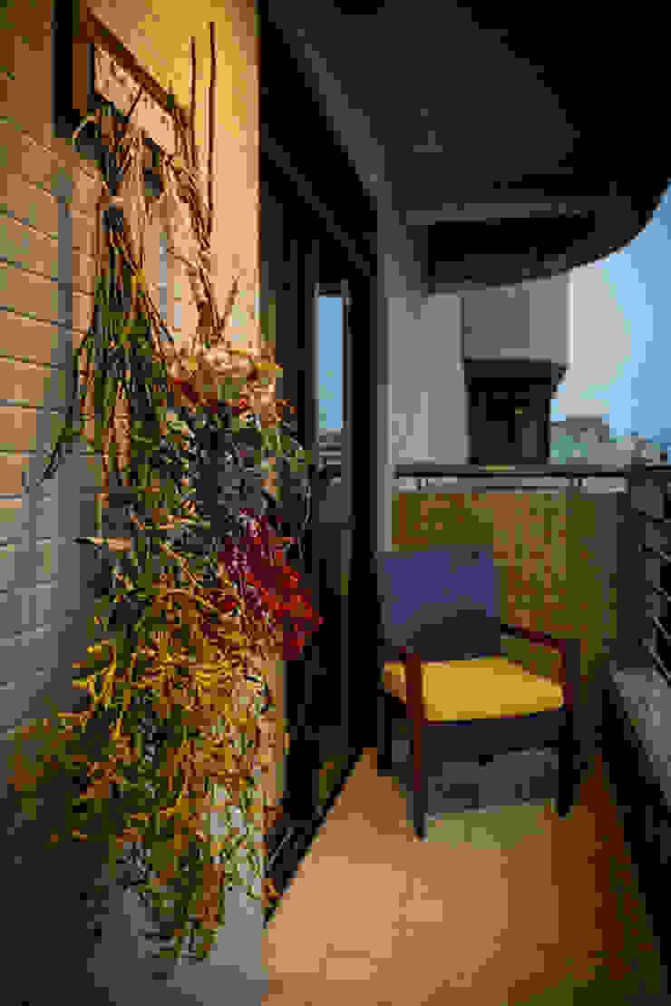 Varanda Loft Trompwski Varandas, alpendres e terraços ecléticos por Falchetti Concept Eclético