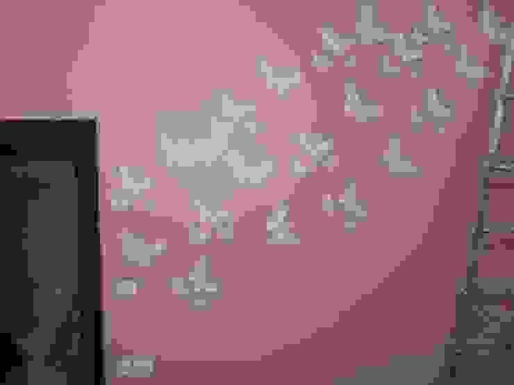 Wall Fashion Modern nursery/kids room by Quik Solution Modern