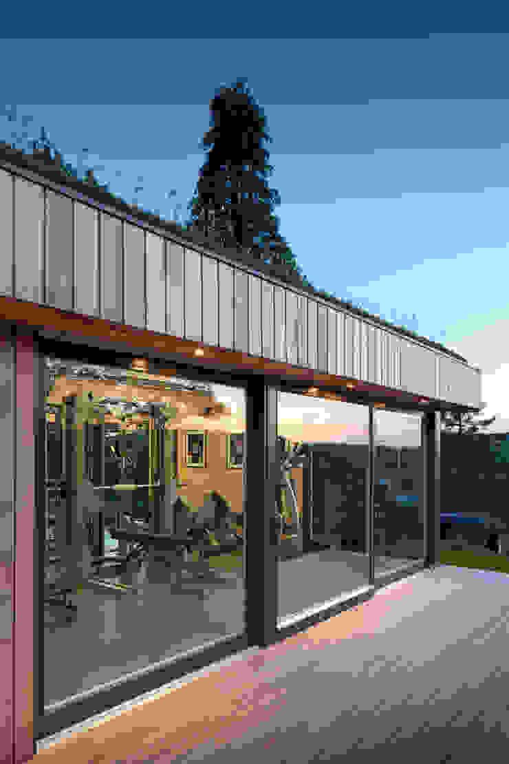 Modern gym by ecospace españa Modern