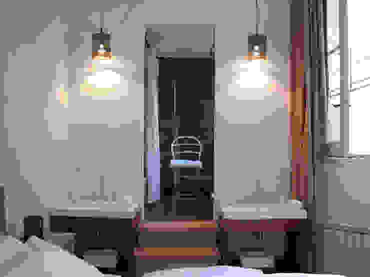 Phòng tắm phong cách hiện đại bởi DX ARQ - DisegnoX Arquitectos Hiện đại