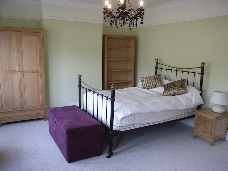 Victorian Bedroom with Contemporary Furnishings Style Within Klassische Schlafzimmer