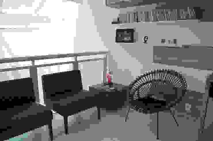 Cobertura Piratininga 2015 Salas de estar modernas por Catharina Quadros Arquitetura e Interiores Moderno
