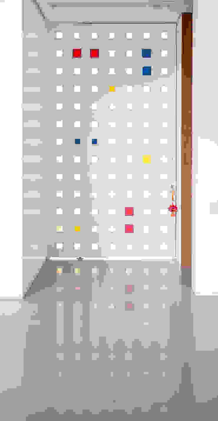 Porta de Entrada por Carlos Bratke Arquiteto