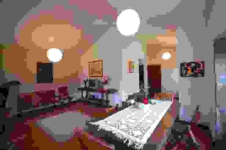 Reabilitação de Casa de Campo Salas de jantar rústicas por Borges de Macedo, Arquitectura. Rústico