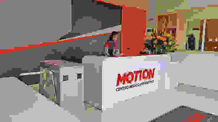 Motion GYM Gimnasios de estilo moderno de Phoenix Touch Moderno