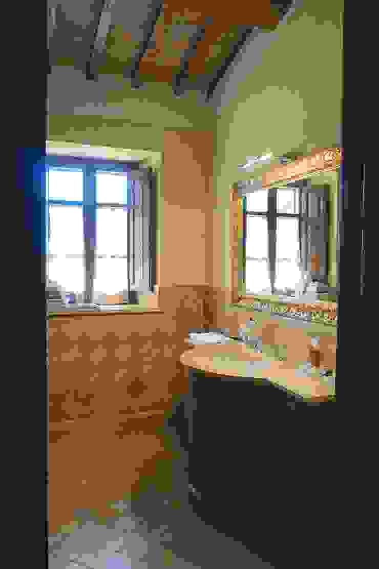 Studio Zaroli Country style bathroom